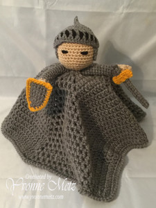 Knoble Knight Lovey